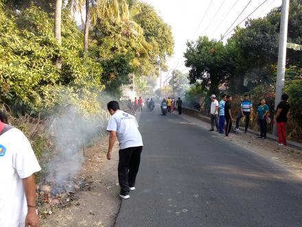Kegiatan Jumat Bersih di Banjar Dinas Dalem