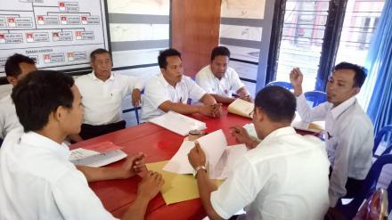Pembinaan, Monitoring dan Evaluasi Pemerintah Desa Jinengdalem Dari DPMD Kabupaten Buleleng