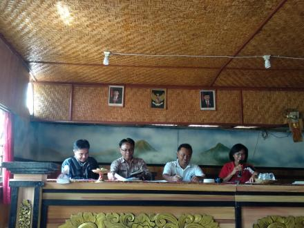 Pembinaan LPM dan KPMD Desa Jinengdalem