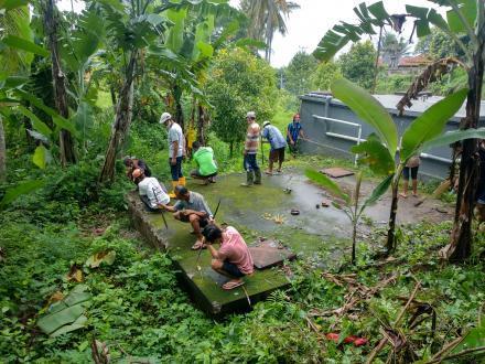 Kegiatan Gotong Royong Swadaya Murni Dalam Program HID Pamsimas 2012