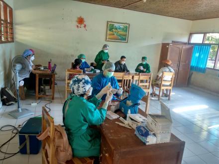 Vaksinasi Masal Desa Jinengdalem di Hari ke-7